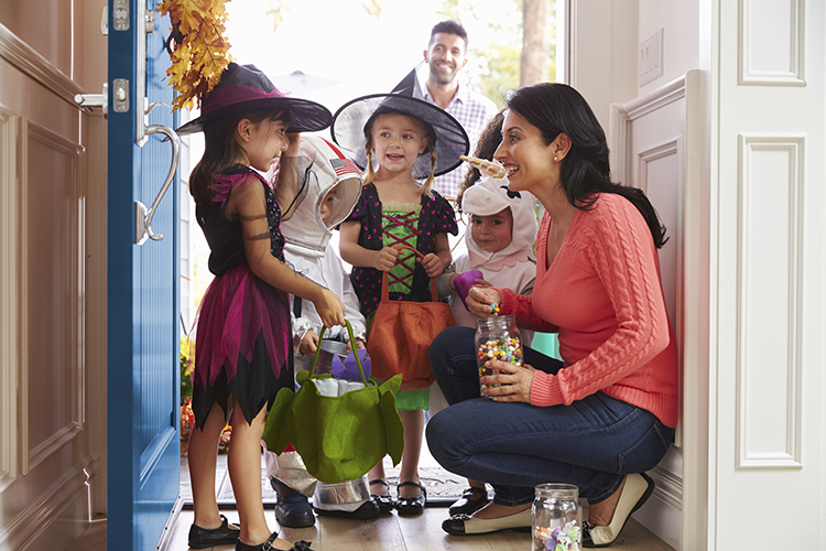 How to Prepare Your House for Trick or Treaters